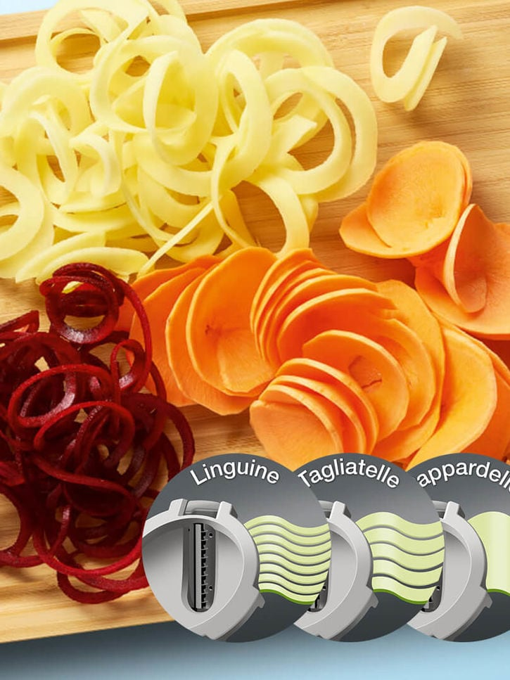 Spiralizer with 3 different blade inserts for a variety of veggie shapes